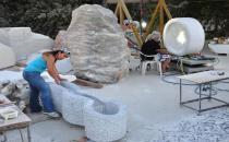 Can Yücel'in tahrip edilen mezar taşı yeniden yapılıyor