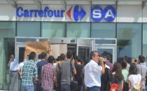 CarrefourSA işçisinin yüzü yine gülmedi