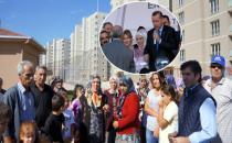 Erdoğan'ın anahtar verdiği konutlar 1 yıldır hak sahiplerine verilmedi