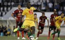 Futbolcunun ölümü sonrası Cezayir'de tüm maçlar ertelendi