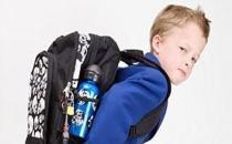 Okul çantası çocuğunuzun nefesini kesmesin
