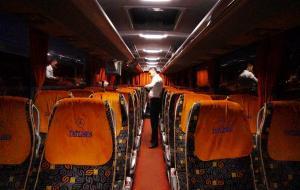 Otobüste 'allahuekber' diyerek, 3 yolcuyu bıçakla boğazlarından yaraladı
