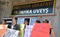 Polis, Üveyş Ana İlköğretim Okulu'na 'çıkarma' yaptı