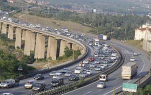 TEM Otoyolunun Gebze- Dilovası arası ulaşıma kapatıldı