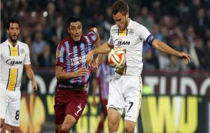 Trabzonspor, Lokeren'i ikinci yarıda attığı gollerle yendi:2-0