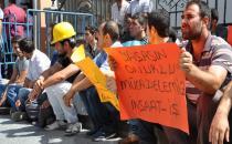Ücretleri ödenmeyen inşaat işçileri tekrardan eylemde