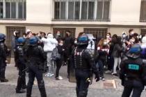 Fransa, basın mensuplarını kısıtlayan 3 maddeyi iptal etti