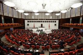 HDP ve CHP'nin deprem araştırma önergeleri AKP-MHP oylarıyla reddedildi