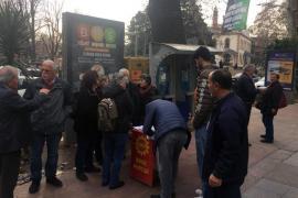 Kocaeli Derince'de asgari ücret imza kampanyasına ilgi yoğun oldu