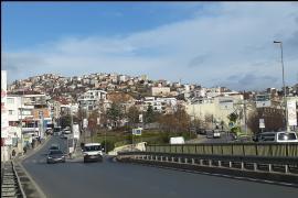 Maltepe'de yoksulluk hali: Doğal gaza para yetmiyor, evi yardımlar ısıtıyor