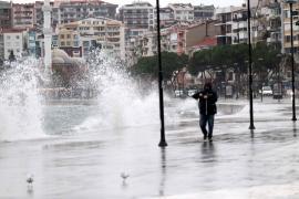 AKOM uyardı: İstanbul'da yarın yağışlı hava bekleniyor