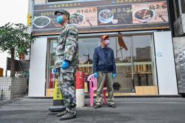 Çin'de koronavirüs nedeniyle hayatını kaybedenlerin sayısı 909'a çıktı
