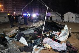 Elazığ'da depremzede çadırında yangın: 8 kişi hastaneye kaldırıldı