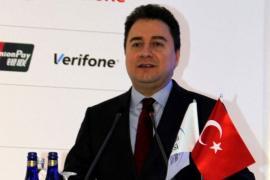'Kulislerde ekonomi yönetimi için Babacan'ın adı geçiyor'