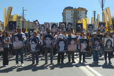 Zeynep Altıok: Madımak Katliamı hükümlüsü Turan Kılıç'ın affedilmesi suça teşvik