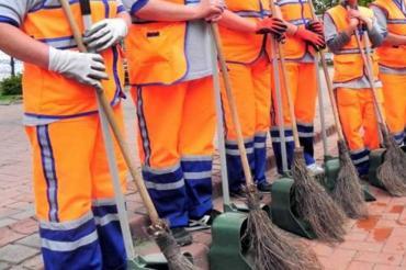 Menemen Belediyesi işçileri: Ücretlerimiz aksıyor ihtiyaçlarımız birikiyor