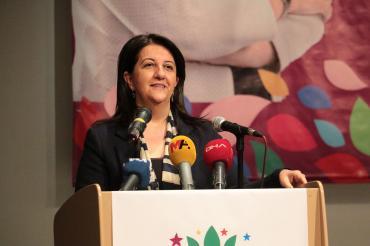 HDP İzmir 3. Olağan Genel Kurulunu yaptı: Yeni bir barış sürecinde AKP olamaz