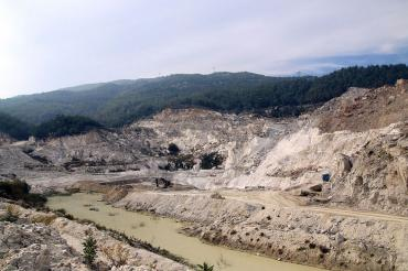 Madenler Çine'deki bütün yaşamı etkiliyor