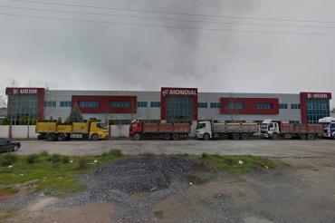 Uğur Motorlu Araçlar'da çalışan yaklaşık 100 işçi işten çıkarıldı
