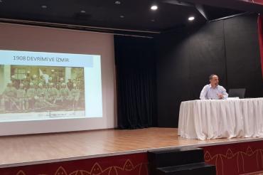 İzmir Yedi İklim Tarihi Söyleşilerin 41.'si düzenlendi