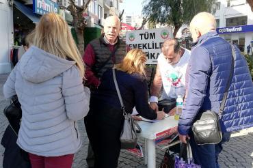 Emekliler promosyon hakkını istiyor