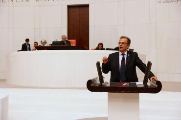 CHP'li Süleyman Girgin: Tiyatro emekçilerini yok saymayın