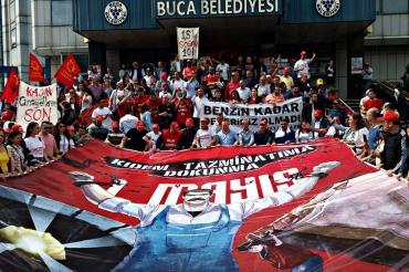 Buca'da emekçilerin 1 Mayıs talebi: İş güvencesi ve ücretli izin