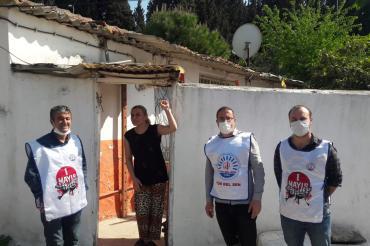 Tüm Bel-Sen İzmir 1 No'lu üyesi emekçiler tekstil işçileri ile dayanıştı