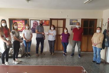 İşten atılan SF Trade Tekstil işçileri Emek Partisi İzmir İl Örgütünü ziyaret etti