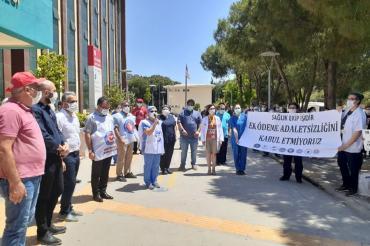 DEÜ Hastanesi emekçileri uzatılan poliklinik hizmet sürelerine itiraz etti