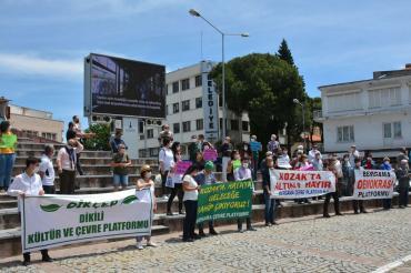 Bergamalılar ve Dikililer, Dünya Çevre Günü'nde ortak mücadele çağrısı yaptı
