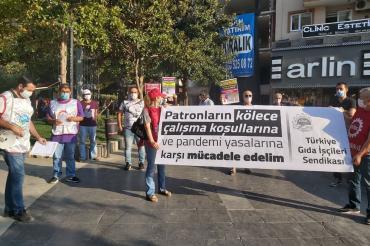Manisa'daki fabrikalarda artan koronavirüs vakaları protesto edildi