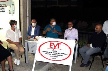 CHP'li Kamil Okyay Sındır, EYT'lilerle buluştu: Emeklilik haktır, gasbedilemez