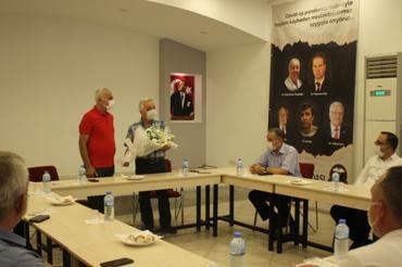 DİSK Ege Bölge temsilciliği İzmir Tabip Odasını ziyaret etti