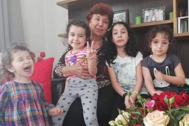 Depremde çocuklarını kaybeden Yücel Ailesi: Rıza Bey Apartmanı çocuk parkı olsun!