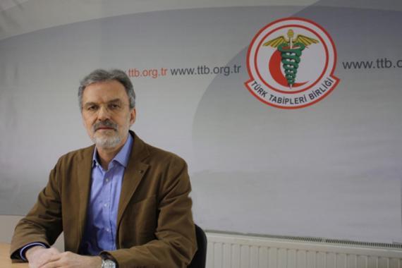 Prof. Dr. Raşit Tükel: Bireylerin sorumluluğuna bırakılmış pandemi süreci
