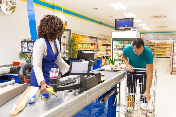 Migros işçisi: Pozitif vaka olan mağaza müşterilere açıldı