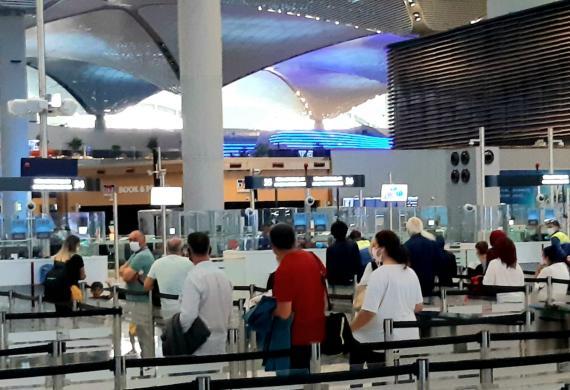 AB seyahat kısıtlamalarının kaldırıldığı listeyi güncelledi, listede Türkiye yok