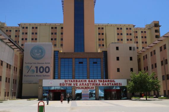 Diyarbakır'da bir sağlık çalışanı daha Kovid-19 nedeniyle yaşamını yitirdi