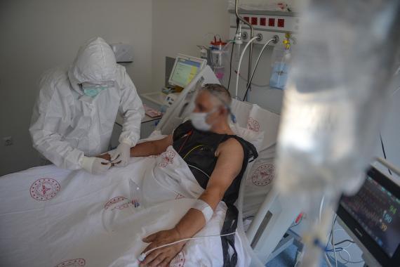 """""""Ankara'da Kovid-19 dışı hastalıkların tedavi edilebileceği hastanelere ihtiyaç var"""""""