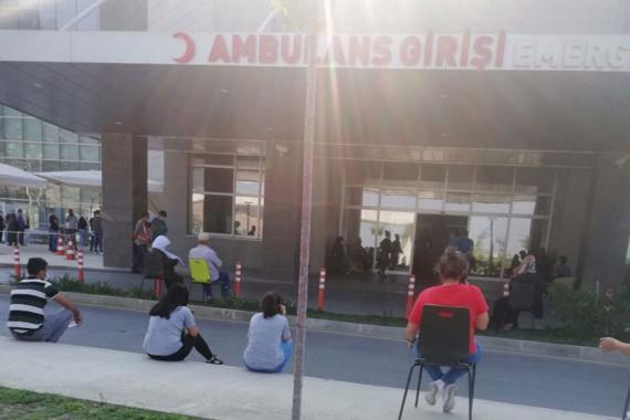 Manisa'da hasta yakını sıra numarasını öğrenmek isterken gözaltına alındı
