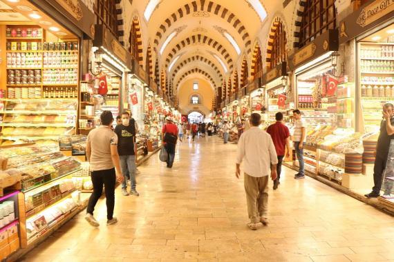 """Mısır Çarşısı'nda turist ve dolar durgunluğu: """"Böyle devam ederse batacağız"""""""