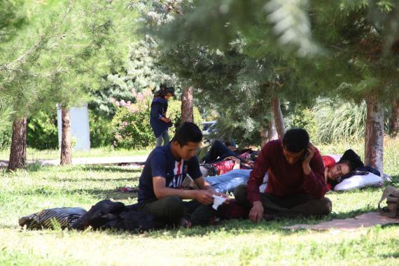 Rapor: Koronavirüs salgınından en fazla göçmenler etkiliyor