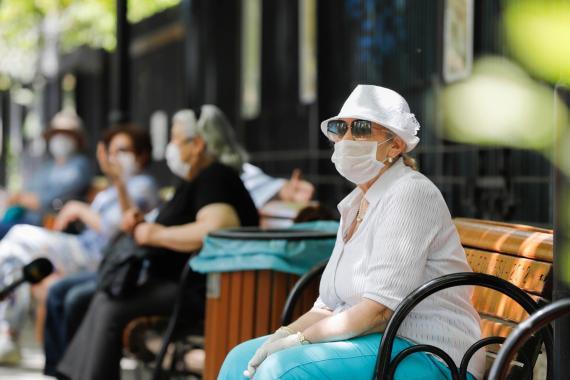 65 yaş üzeri ve kronik hastalığı olanlar: Bize yapılmayan grip aşısı kime yapılacak?