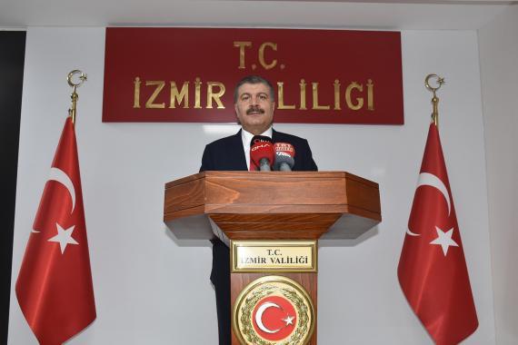 Bakan Koca: İzmir'de 1 ay öncesine göre yüzde 42 oranında vaka artışına şahit olduk