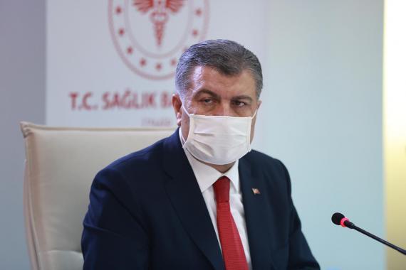 """Sağlık Bakanı'na göre Kovid-19 verilerindeki gerçekleri gizlemek """"ulusal çıkar""""mış"""