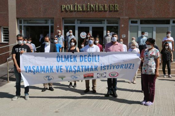 Adana Barosu: Sağlıkçıları zorla çalıştırma genelgesi hukuka aykırı