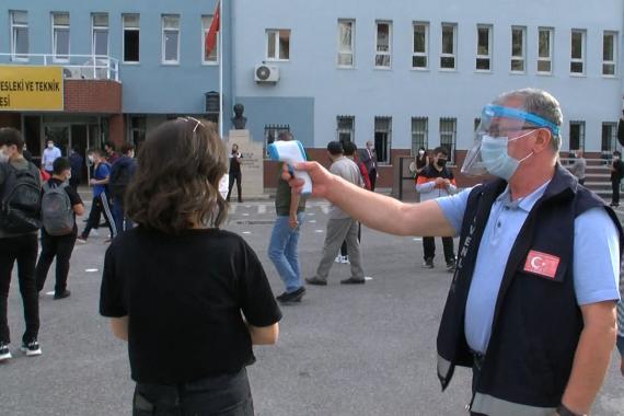 Okullarda vakalar artıyor   Bursa'da 20'den fazla öğretmen Kovid-19'a yakalandı