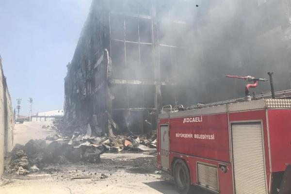 Akpınar Tekstil'de yanarak can verenlerin 4'ü mülteci işçi