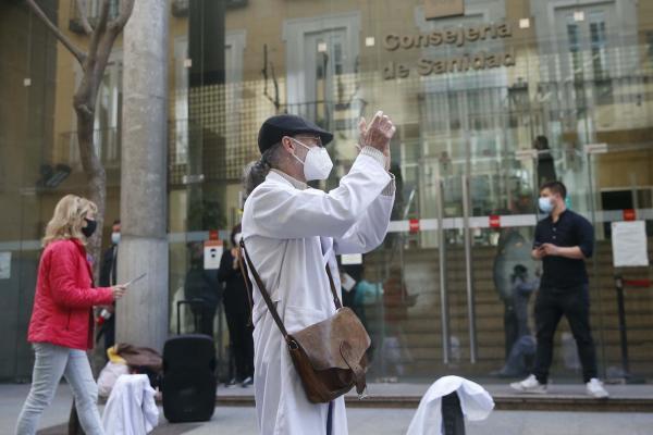 İspanya'da doktorlar eylem yaptı